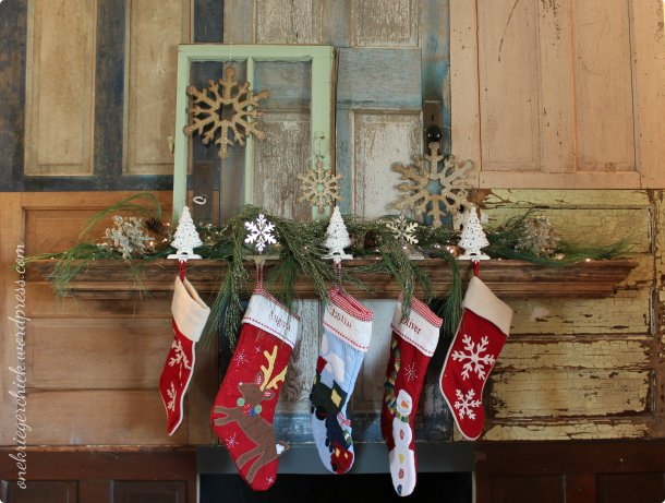 Christmas mantle take 2