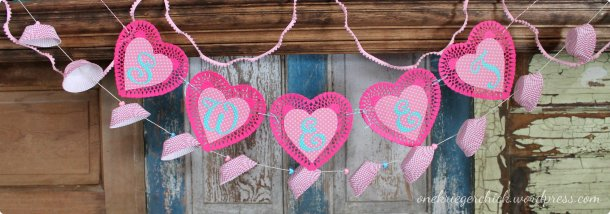 Valentine garlands {onekriegerchick.wordpress.com}