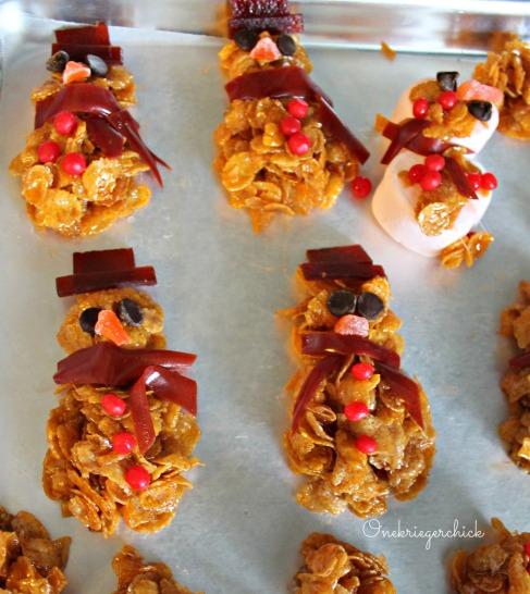 cornflake snowmen {Onekriegerchick.com}