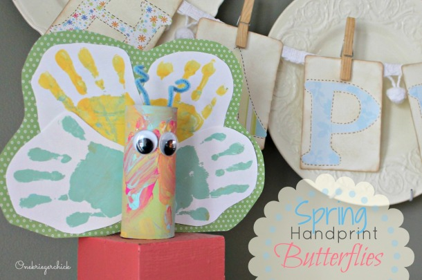 Spring Handprint Butterflies at {Onekriegerchick.com}