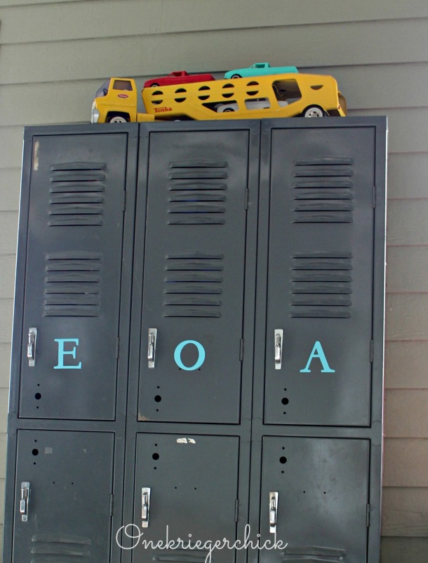Personalized lockers {Onekriegerchick.com}