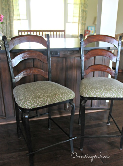 Barstools before {Onekriegerchick.com}