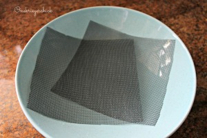 Mesh screens for growing sprouts {Onekriegerchick.com}