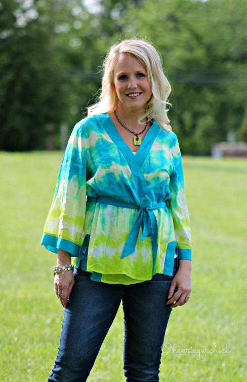 turquoise & lime wrap shirt {Onekriegerchick.com}